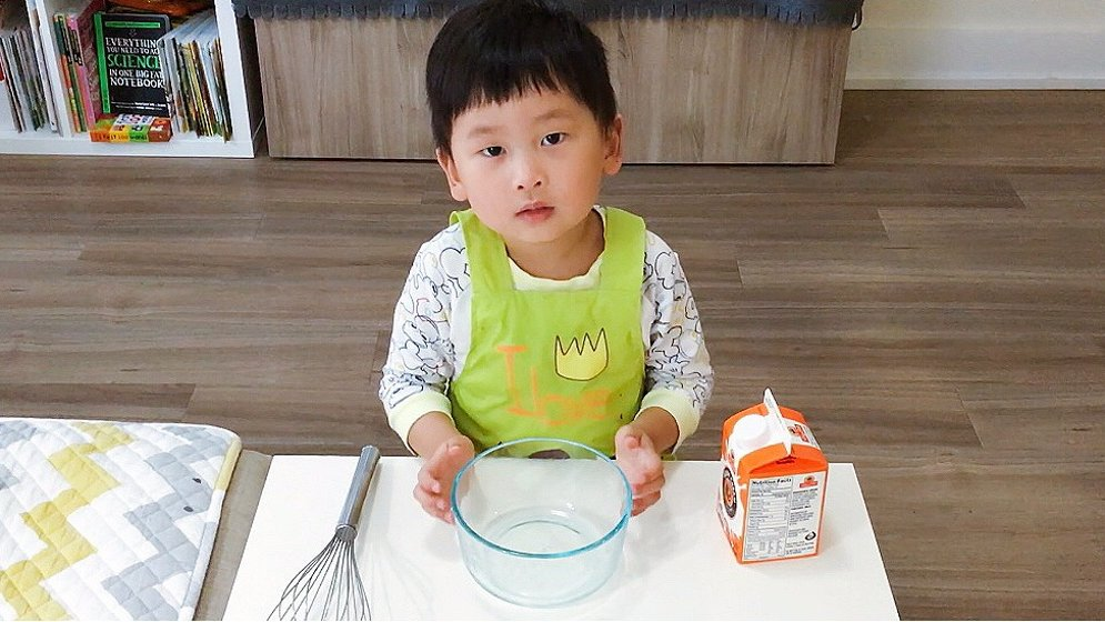 好玩又好吃的亲子美食美味v亲子分享,自制作文请以厨房美食奶油600字图片