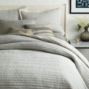 Free Shippingon Markdowns @ WestElm