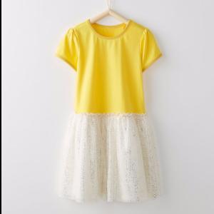 女童蓬蓬裙