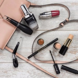 Free 6-pc. Giftwith Any Lancome Purchase of $35 or more @ Bon-Ton
