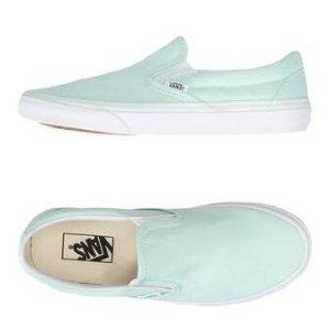 Vans Ua Classic Slip-On - Sneakers - Women Vans Sneakers online on YOOX United States - 11224615IT