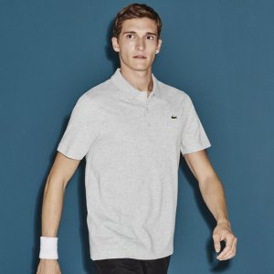 Lacoste Sport tennis regular fit polo in ultra-light weight knit | LACOSTE