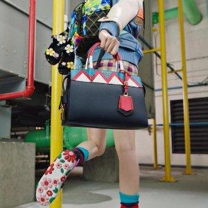 Up to 70% Off Prada Handbags @ Gilt