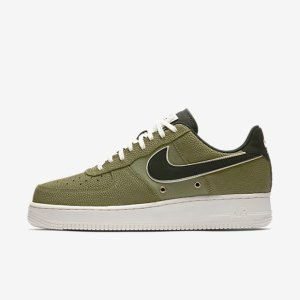 Nike Air Force 1 07 LV8 Men's Shoe.