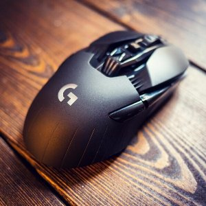 $74.99 Logitech G900 Chaos Spectrum Optical Gaming Mouse