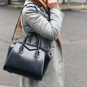 30% Off + VAT RefundGivenchy Handbags @ Harrods