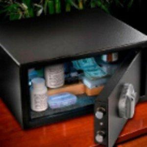 低至8折限今天:Barska 保险箱、望远镜等优惠促销