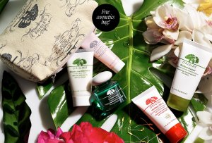 CHOOSE YOUR FREE CLEANSER, TONER AND MASK with $45 purchase+ get 2 deluxe bestsellers with $75