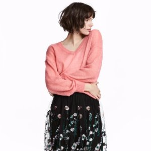 Starting From $6.99H&M Woman Tops Sale @ H&M
