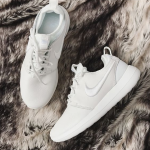 NIKE ROSHE TWO WOMEN'S SHOE @ Nike Store