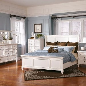 Up to 40% OffBedroom Furniture, Bedding & Throws @ Ashley Furniture