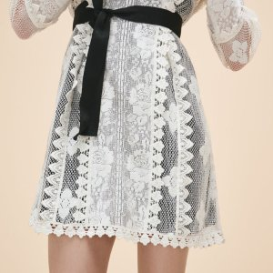 Up to 60% Off Dress and Skirts of the Spring Collection @ Maje