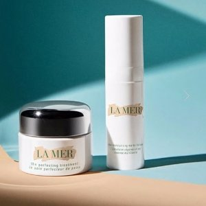 Enjoy A Deluxe Sample Due Of The Moisturizing Matte Lotion and The Perfecting TreatmentLa Mer Any Purchase
