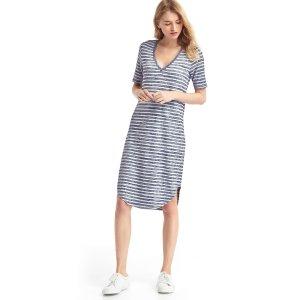 Softspun knit V-neck midi dress | Gap