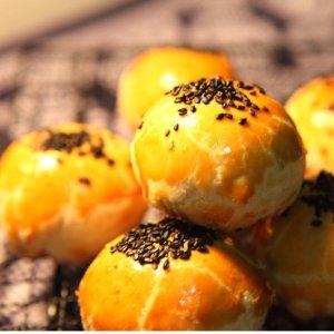 自制冰皮、酥皮、流心奶黄月饼不是只有中秋才可以吃月饼