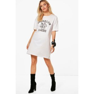 Arabella Pearl Choker Oversized T-Shirt Dress | Boohoo