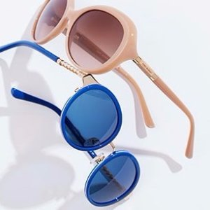 Up to 60% offTory Burch & Burberry Sunglasses @ Hautelook