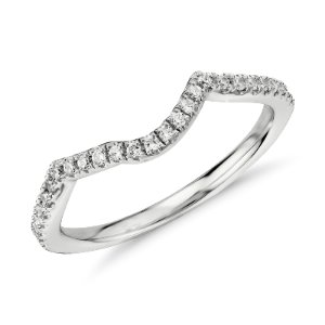 Twist Curved Diamond Ring in 14k White Gold (1/6 ct. tw.) | Blue Nile