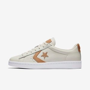 Converse Pro Leather Tumbled Leather Low Top Men's Shoe.