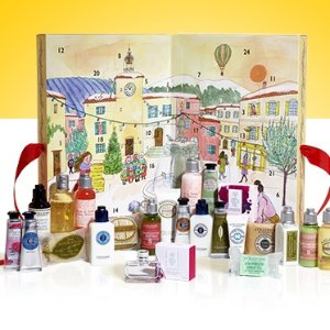 Free 3-pc GiftWith SIGNATURE ADVENT CALENDAR
