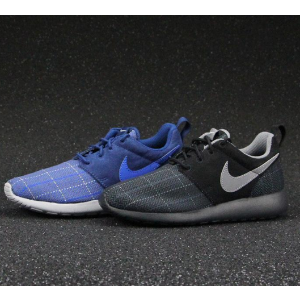 Nike Roshe One SE Big Kids' Shoe.