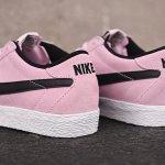 Nike粉色