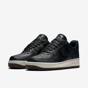 Nike Air Force 1 07 Premium Essential Women's Shoe. Nike.com