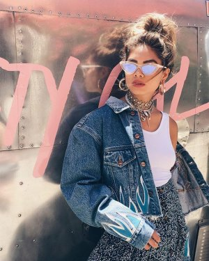 50% OffNew Arrivals @ Nasty Gal