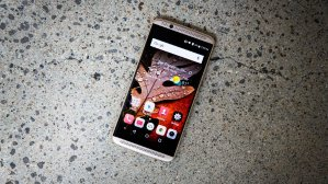 $329.99ZTE AXON 7 64GB 4G LTE Dual SIM Unlocked Smartphone - Gray/Gold