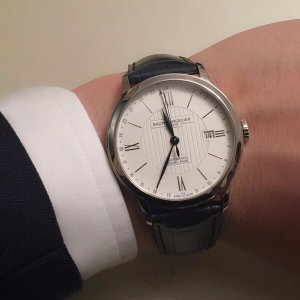 Baume and Mercier Men's Classima Executives Watch Model: MOA10272