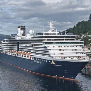 $499+ 7-Day Alaska Cruise on Holland America Line w/Up to $1700 CASH BACK