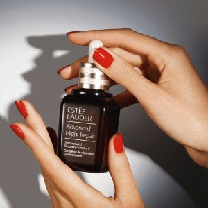 Free GiftsWith any Estee Lauder Purchase of $35+ @ Bon-Ton