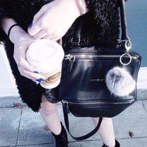 低至6折!Bergdorf Goodman 精选Givenchy服饰、包包热卖