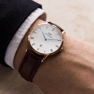 低至5折限今天:Daniel Wellington,Armani Exchange 等品牌手表促销