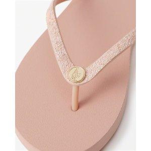 Womens Glitter Rubber Flip Flops | Womens Summer Sale Styles | Abercrombie.com