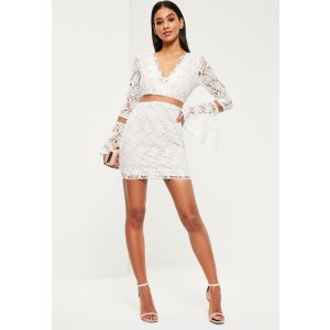 Missguided - White Lace Flare Sleeve Bodycon Dress