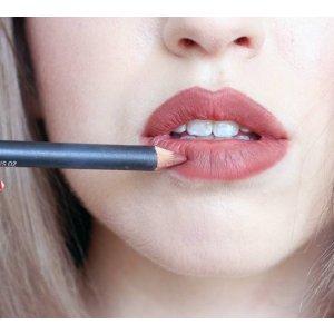 Lip Pencil | MAC Cosmetics - Official Site