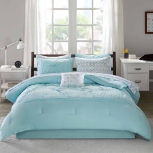 65% Off $100 Or 50% Off $40Bedding and Bath @ JCPenney