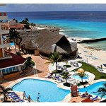 Mexico: 4-Nt All-Incl. Cozumel Trip w/Air & Beachfront Resort