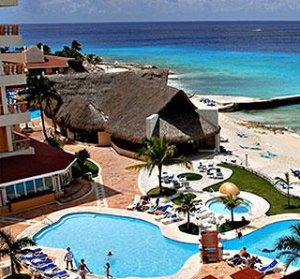 $599+Mexico: 4-Nt All-Incl. Cozumel Trip w/Air & Beachfront Resort
