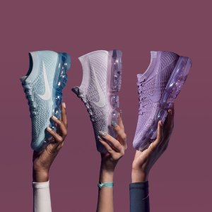 $190AIR VAPORMAX FLYKNIT DAY TO NIGHT @ Finishline