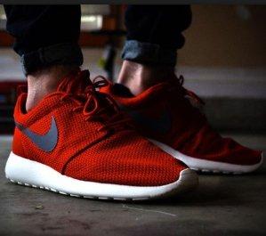 Extra 20% OFFNike Roshe Men's Red Shoes