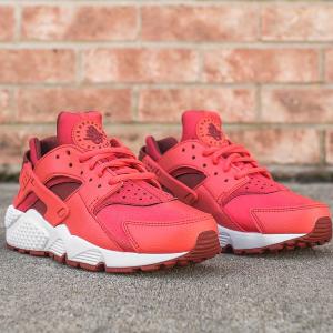 Nike Air Huarache Women's Shoe.