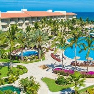 From $689Los Cabos: 4-Nt All-Incl. Beach Trip with Air