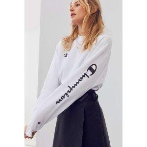 Champion + UO Powerblend Crew-Neck Sweatshirt | Urban Outfitters