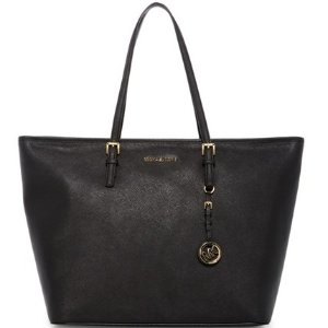 Up to 56% OffMICHAEL Michael Kors Handbags & Wallets @ Nordstrom Rack