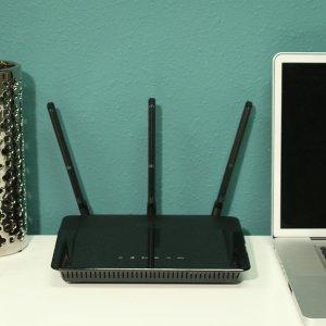 $79.99 (原价$179.99)D-Link DIR-880L AC1900 双频千兆无线智能路由