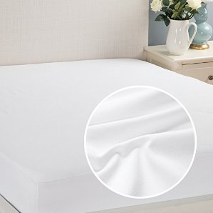 Waterproof Mattress Protector Full Hypoallergenic Soft Terry Dust Mite Resistant Breathable by Bedsure