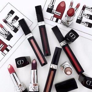 $35 看起来很好吃的唇膏Dior 蓝星家族新成员夹心唇膏&液态唇釉上市