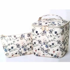 $7.8/RMB52.5 直邮中美日本时尚杂志steady 10月刊 附录赠送 小清新花朵化妆包两件套
